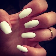 Nail Enhancements Such As Acrylic Nails Have Been Around Since The Mid To Late 50 S Very First Experiments Used Dental Products Form An Artificial