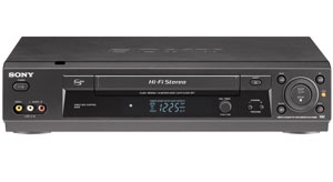 vcr hook up with converter box Setting up your home theater equipment with a digital tv converter box can be confusing find out how to connect your dtv converter with a dvd player or vcr.