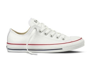 29ca462d03d9 Converse Chuck Taylor All Star Specialty Leather OX-White with red -132173C  ราคา 4000 บาท รองเท้าหนัง หุ้มส้น สีขาว รุ่น 132173C