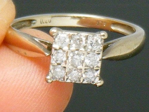 A Lovely 9ct Yellow And White Gold