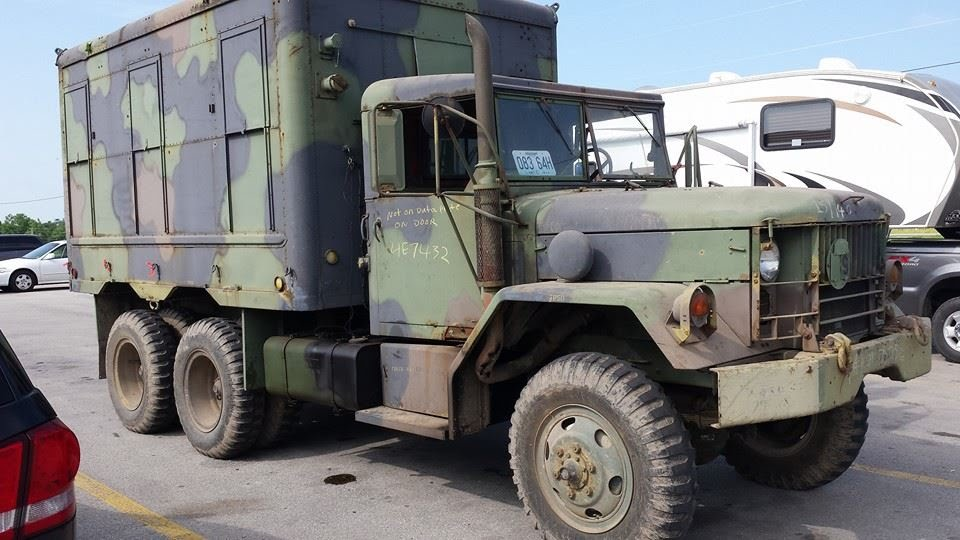 2 1/2 Ton Army Truck
