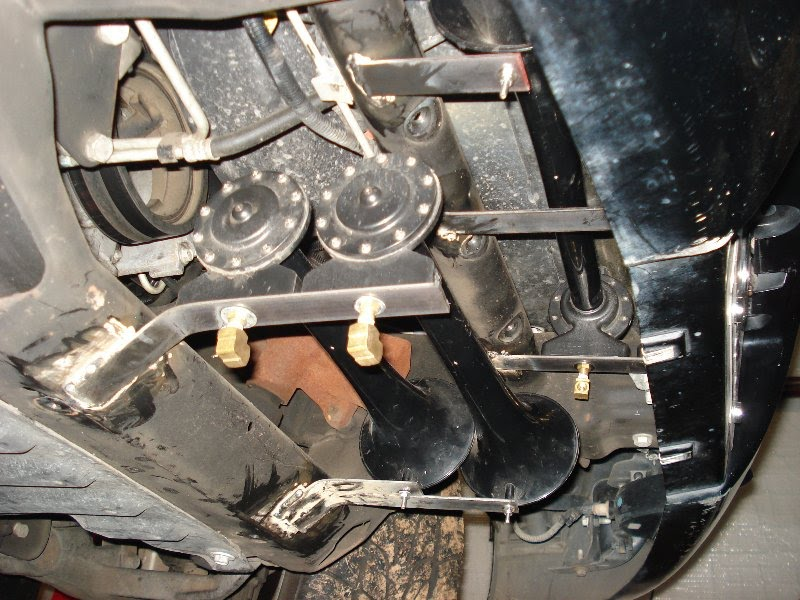 1997 cadillac deville horn fuse location  1997  free