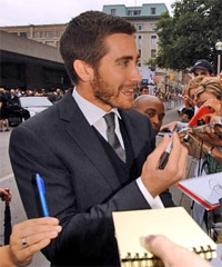 Jake signs autographs at TIFF Rendition premiere